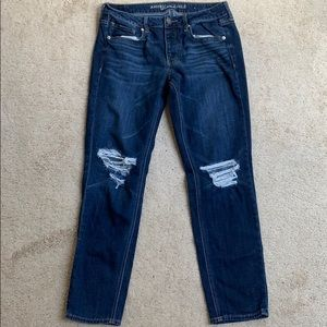 """American Eagle """"Tomgirl"""" Mom Jeans"""